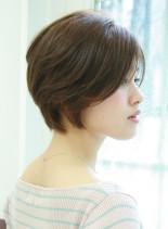 毛流れショート(髪型ショートヘア)