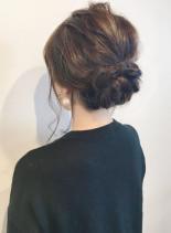 大人のすっきりシニオンアレンジ(髪型ミディアム)
