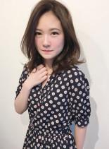 大人かわいいフェミニンミディ(髪型ミディアム)