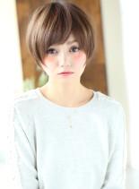 小顔フェミニンショート(髪型ショートヘア)