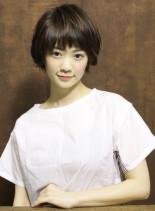 小顔が引き立つふんわりショート(髪型ショートヘア)