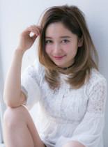 ナチュラルレイヤー(髪型セミロング)