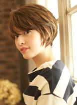 シルエット美人のポイントは後頭部のライン(髪型ショートヘア)