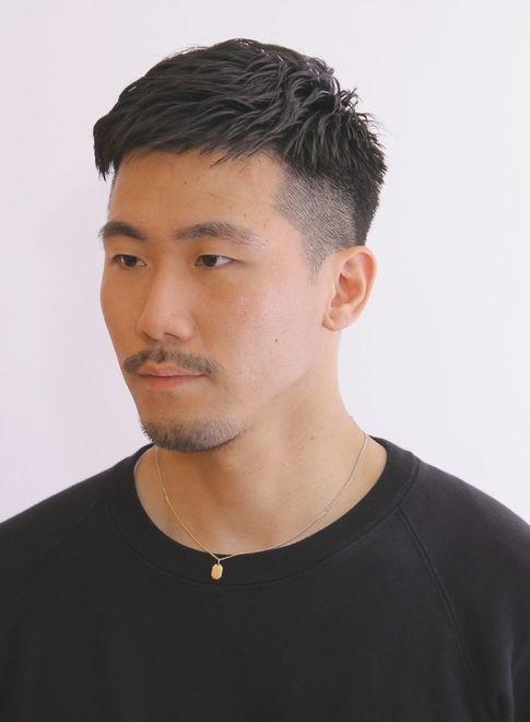ベリーショートパーマスタイル(髪型メンズ)(ビューティーナビ)