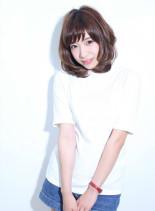 柔らかミディアム(髪型ミディアム)