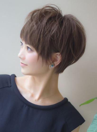 小顔になれる美人ショート(髪型ショートヘア)