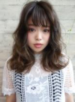 外国人風Aラインロング(髪型ロング)