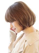 オトナ女性に人気シルエットが綺麗なボブ(髪型ボブ)