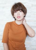 フェミニンショート(髪型ショートヘア)