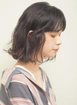 くせ毛風ミディアムウェーブ(髪型ミディアム)