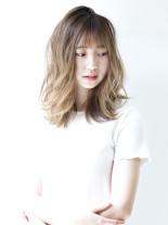 シーソルティヘア(髪型ミディアム)