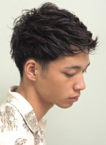 すっきり爽やかニュアンスベリーショート(髪型メンズ)