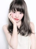 ファストブリーチ+ホワイトグレージュ(髪型ロング)