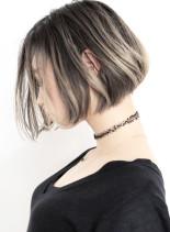リンジグラデーション+ホワイトグレージュ(髪型ボブ)