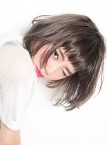 ファストブリーチ + ホワイトグレージュ(髪型ボブ)