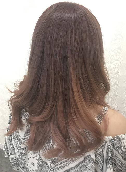 ロング ピンク グラデーションカラー Beauty Museum Moreの髪型 ヘア