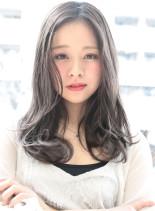 ハーフブリーチ+ホワイトハーフブラウン(髪型ロング)