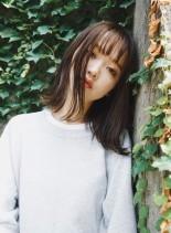 外ハネミディアム(髪型ミディアム)