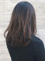グラデーションチャコールセミロング(髪型セミロング)