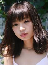 ライラックブラウンミディ(髪型ミディアム)