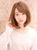 ミディアムストレート(髪型ミディアム)