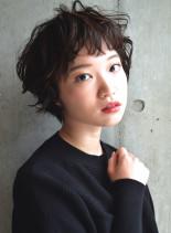 くせ毛風アンニュイショートカット(髪型ショートヘア)