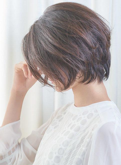 ショートボブ 髪型