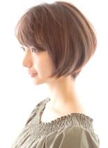 30代40代に人気ひし形ショートボブ(髪型ショートヘア)