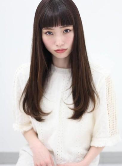 大人のツヤサラストレート(髪型ロング)