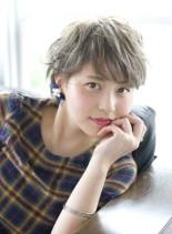 カジュアルフェミニンショート(髪型ショートヘア)
