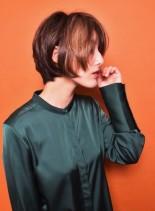 30〜40・50代オシャレ小顔マッシュ(髪型ショートヘア)
