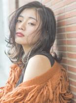 長めの前髪で決まる大ミディースタイル(髪型ミディアム)
