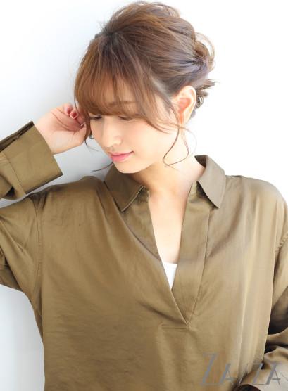 グレージュカラーロングアレンジ(髪型ロング)