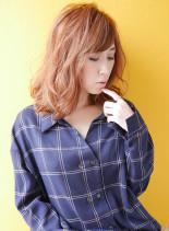外国人風ヘアカラー(髪型ミディアム)