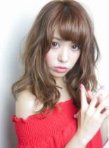 アッシュピンクミディアムヘア(髪型セミロング)