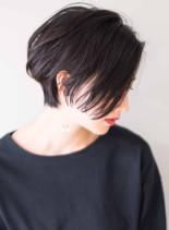 骨格美大人リラックスモードショートボブ(髪型ショートヘア)