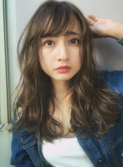 おしゃれな質感ゆるウェーブ☆(髪型ロング)