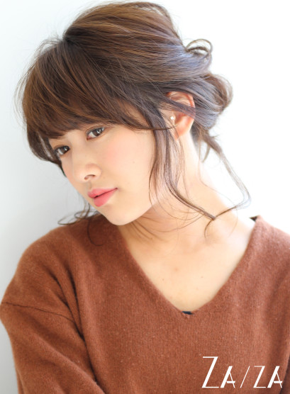 ラフウェーブミディアレンジ(髪型ミディアム)