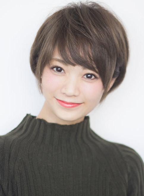ショートヘア ナチュラルで上品な大人ショート Afloat Japanの髪型