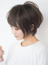上品なニュアンスの大人ショート(髪型ショートヘア)