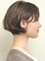 大人のシンプルコンパクトボブ(髪型ショートヘア)