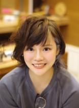 ミディアムレイヤー☆シルバーアッシュ(髪型ショートヘア)