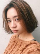 抜け感アッシュベージュワンカールボブ(髪型ボブ)