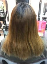 髪質改善トリートメントで潤いのあるツヤ髪