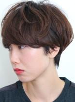 柔らかさのあるふんわりマッシュショート(髪型ショートヘア)