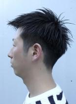 大人の黒髪刈り上げベリーショート(髪型メンズ)