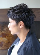 ツーブロックショート(髪型メンズ)