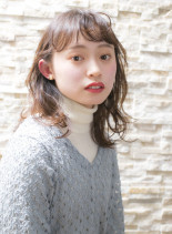 春にオススメのレイヤーロブスタイル(髪型ミディアム)