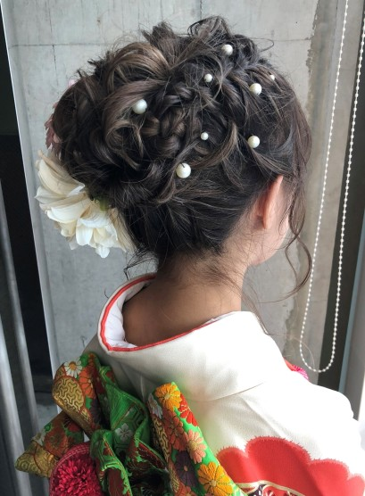 編み込みルーズアップ(髪型ロング)