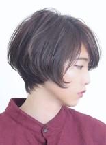 大人の前下がりシンプルショートボブ(髪型ショートヘア)